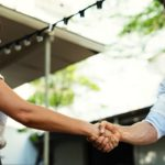 How to confidently negotiate your rates as a freelancer
