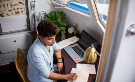 24 Places to Get Freelance Jobs on Autopilot in 2020