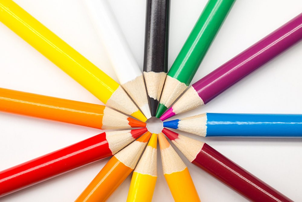 Featured Image for: Top 15 Best Colored Pencils for Artists